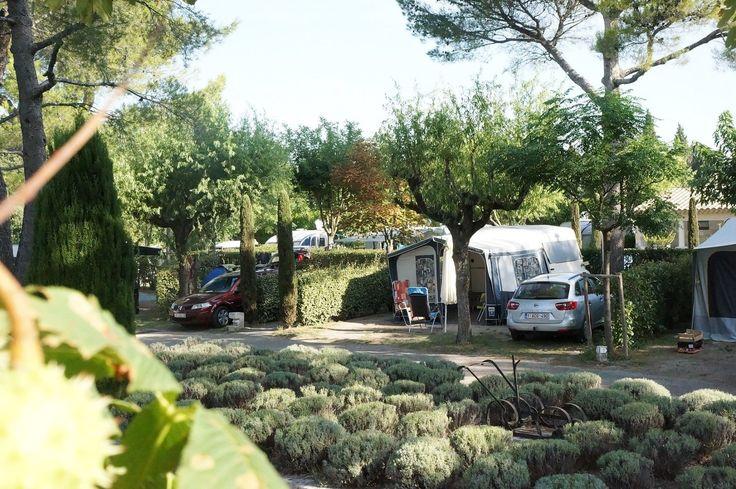39 beste afbeeldingen van campings buitenland boho bretagne en duitsland. Black Bedroom Furniture Sets. Home Design Ideas