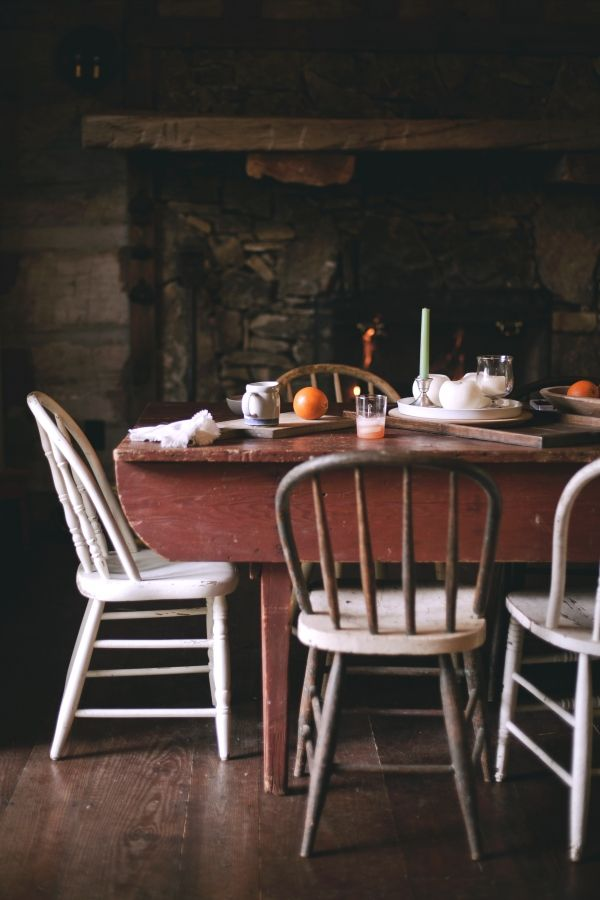 breakfast table - Primitive Kitchen Tables