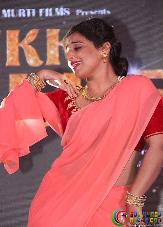VIDYA BALAN PROMOTES EK ALBELA IN HER GEETA BALI LOOK #Bollywoodnazar  #VidyaBalan