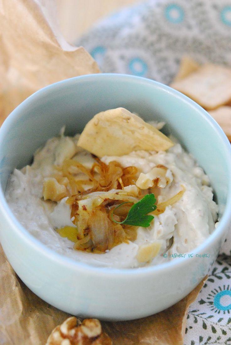 Sabores de colores | Recetas deliciosas con fotos bonitas para cualquier ocasión.: Dip de queso azul, nueces y cebolla caramelizada