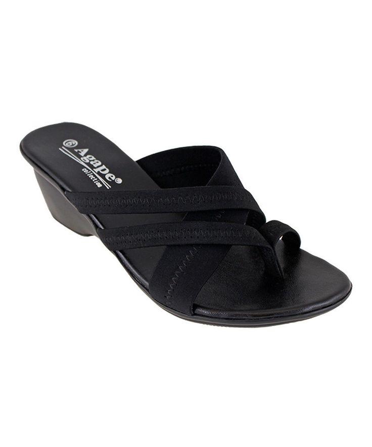 Black Holding Sandal