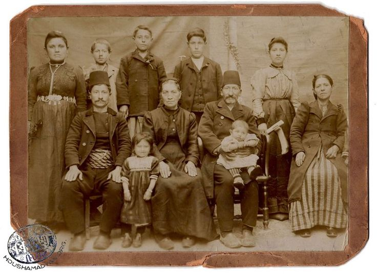 An Armenian family from the town of Harput (Source: Armenian Genocide Museum-Institute)