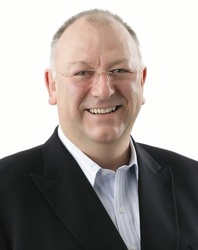 Dr Murray Horn, former Treasury Chef Executive, ANZ executive, he represented New Zealand at the OECD, as a Governor at the World Bank and as a Director at the IMF. Currently he is the Chair of the National Board of Health.