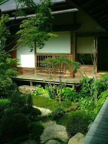 宝泉院:鶴亀庭園