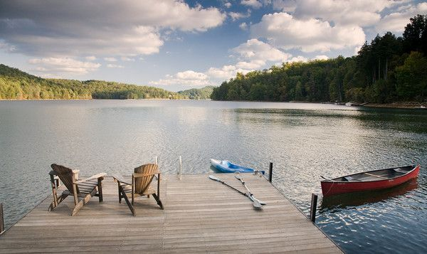 north carolina mountain vacation home | Lakeside Cottage at the Point
