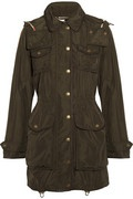 Easily transportable and very fashionable essential - Buberry parka