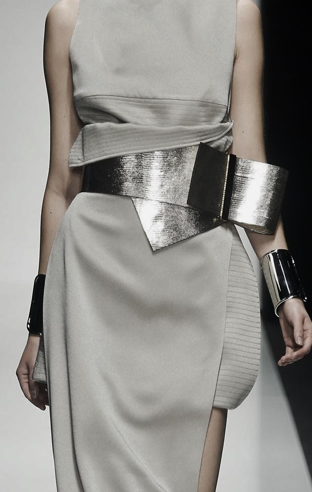 Layers, wrap & texture - dress details with dramatic metallic belt // Gianfranco Ferré