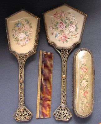 vintage vanity set - Recherche Google