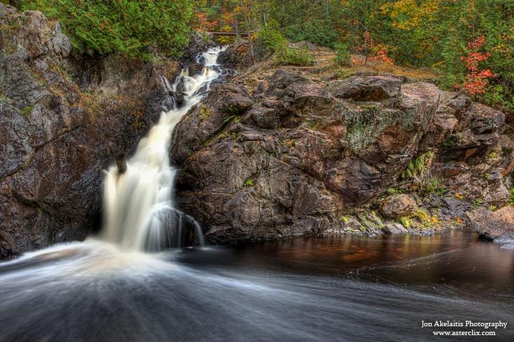 Crystal falls saultstemarie ontario waterfalls for Chrystal falls