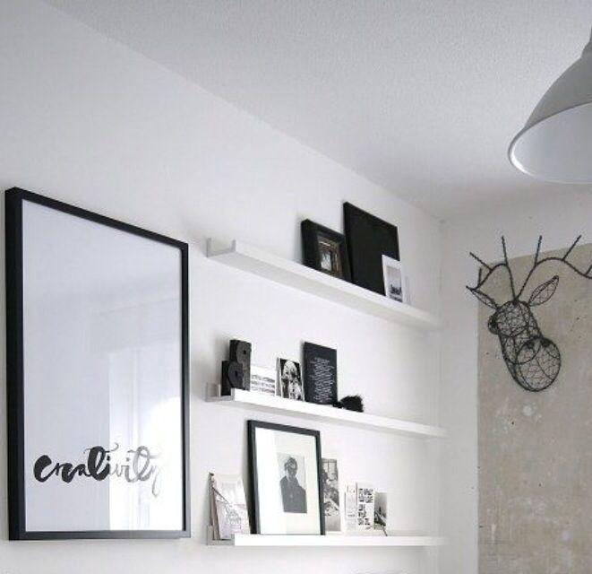 Planken en lijst voor boven dressoir slaapkamer