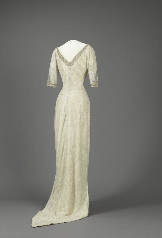 Queen Maud of Norway's Evening Dress, between 1912 and 1913, at the National Museum of Art, Architecture and Design