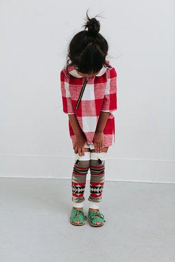 www.duchessandlion.com. The 'windtalker' leg warmers. Photography by Abi. Q photo