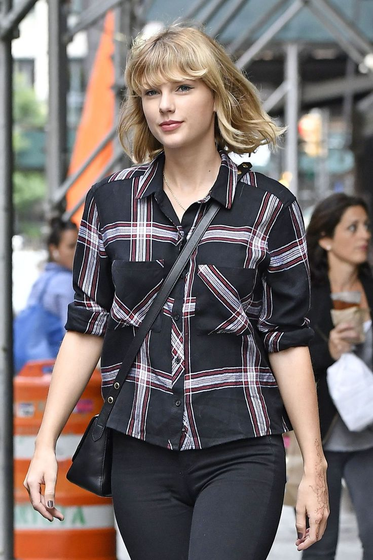 taylor-swift-casual-style-tribeca-nyc-9-28-2016-1.jpg (1280×1920)