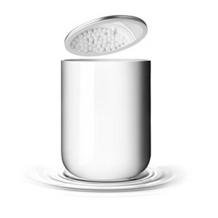 Conteneur acier, plastique blanc