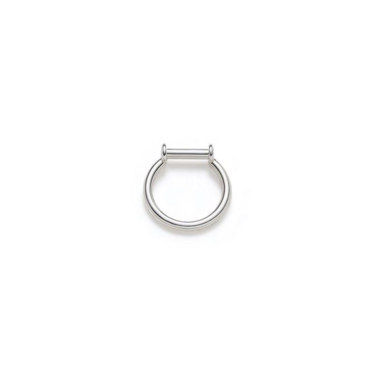 "Bague tube fabriquée en argent sterling poli. Collection ""Axel"" -  atelierlynnlegare.com"