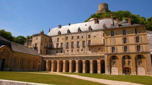 Château de la Roche-Guyon I