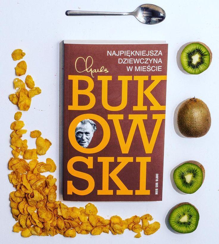 Na niedzielne śniadanie poleca się płatki z Bukowskim #bukowski #charlesbukowski #najpiekniejszadziewczynawmieście #najpiękniejszadziewczynawmieście #themostbeautifulwomanintown #płatki #śniadanie #kiwi by sztuka_przetrwania Get much more Bukowski at www.BukowskiGivesMeLife.com