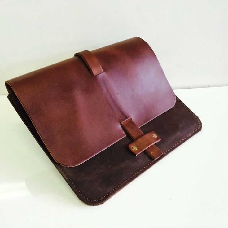 Vegetable tanned iPad cover from LeatherLab