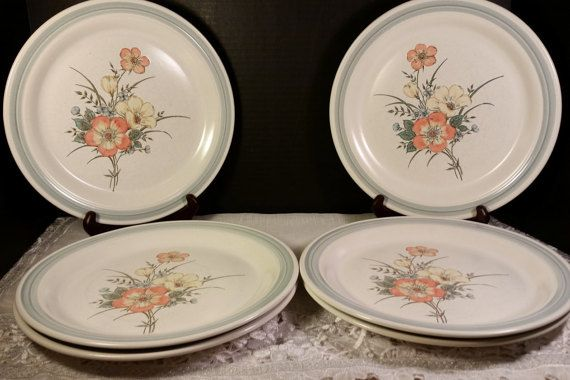 Country Glen Sunny Meadows Dinner Plates by ShellysSelectSalvage