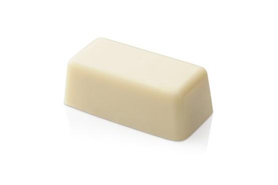 Lingot white. A bar of pure, soft white chocolate. #lafetechocolat