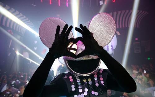 @Stephanie Durr Deadmau5 loves phi sig!