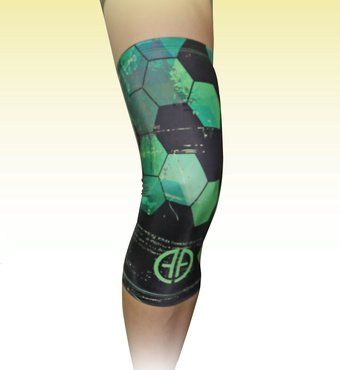 Compression Knee Sleeve/Knee Support (1 Piece) - Use Coupon Code TWOFOR20 To Get 2 Sleeves for ONLY £20! - FREE Ebook with Any Purchase! - Knee Support for Men and Women; Ideal for Working Out, Crossfit, Cycling, Running, Walking and Playing Sports; Reduces Pain and Helps You Recover Faster! (Green, Small) Alpha Athletica http://www.amazon.co.uk/dp/B00XTHJV3I/ref=cm_sw_r_pi_dp_-iU.vb0CTAJP0