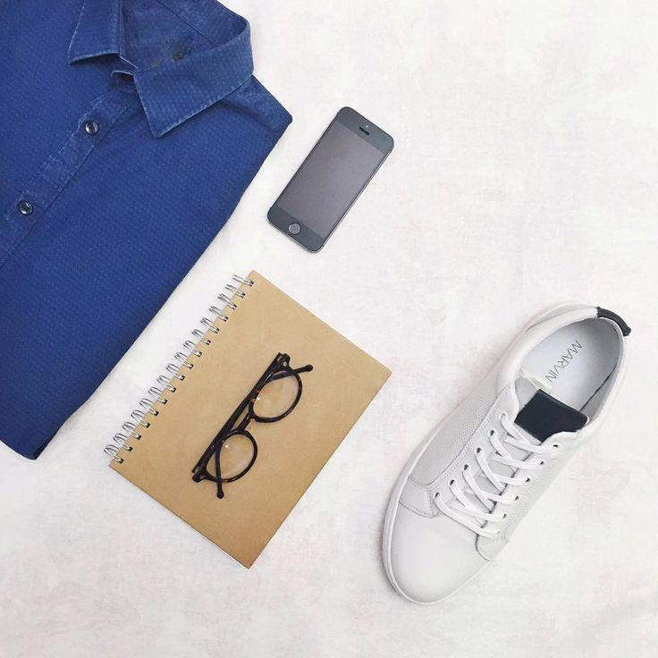Anche i ragazzi impazziscono per il total white: sneakers Marvin&Co bianche + camicia di jeans + occhiali <3
