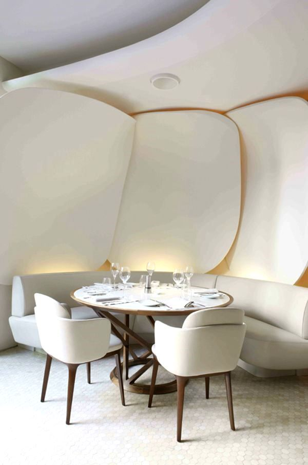 Garden inspired #restaurant in the Mandarin Oriental Hotel, #Paris. Designed by Jouin Manku Studio in collaboration with Patrick.Jouin ID.