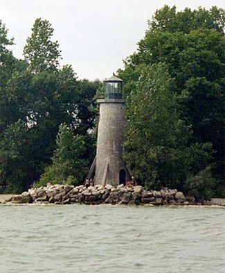 Pelee Island, Lake Erie, Ontario, Canada near Ohio Islands... would like to go there on one of my trips up to the islands