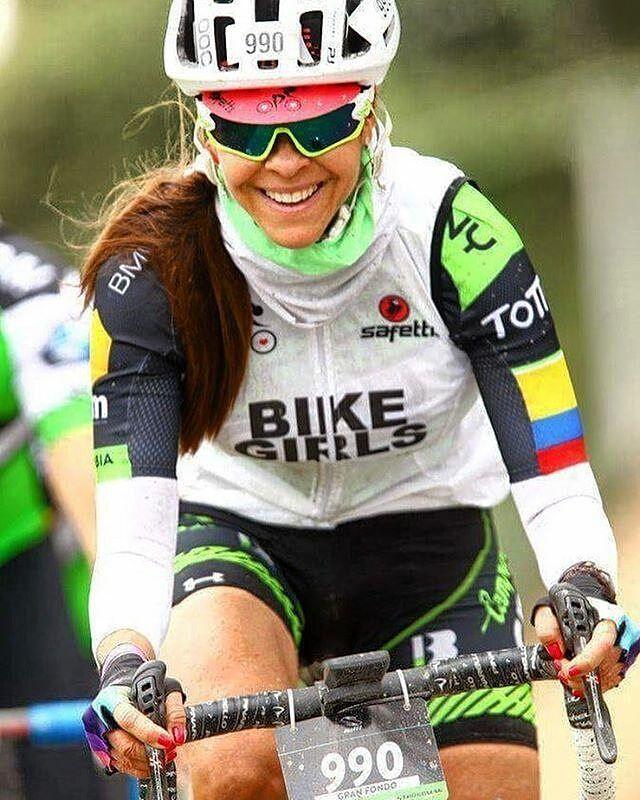@daniellaborjas - Como Embajadora de las Bike Girls @bikegirls.cc quiero darle las gracias y felicitar a los organizadores del Gran Fondo NY Bogota, que ademas son mis compañeros de pedal, una organización impecable, un super evento en el cual da gusto participar. Mil gracias y muchos exitos mas