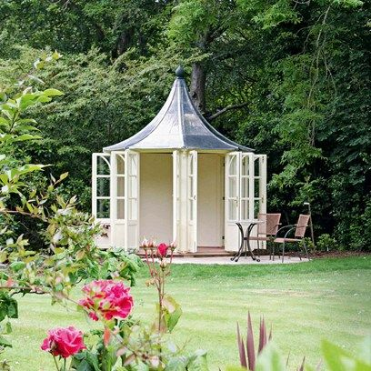 What is it about garden rooms that is so universally appealing? We're getting excited just thinking about the prospect of a seclude little spot somewhere, like this traditional summer house.