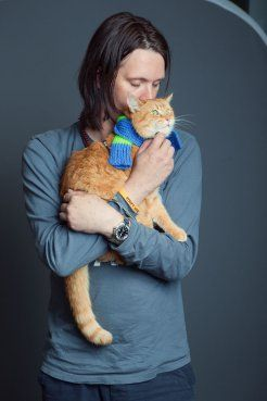 A Street Cat Named Bob and James Bowen