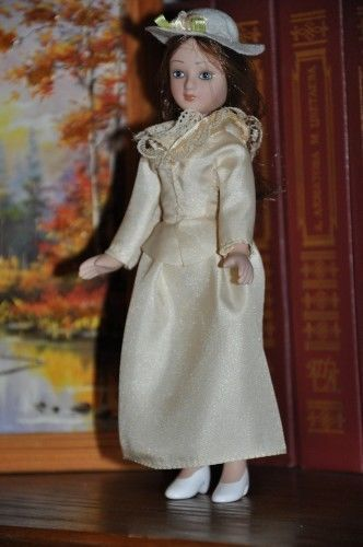 Tess-Darbeyfild-DeAgostini-porcelain-doll