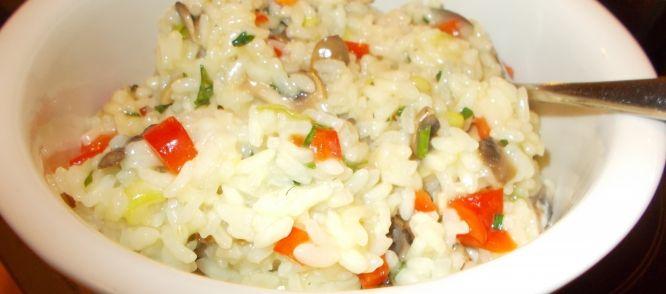 Echt+een+risotto+voor+de+lente+met+lekkere+knapperige+groenten. Wij+hebben+dit+gegeten+bij+mijn+recept+Andalusische+kipdijfilet+uit+de+oven.+Heerlijk.
