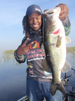 Anthony hunt of tamarac pro staffer at roland mary ann for Lake istokpoga fishing