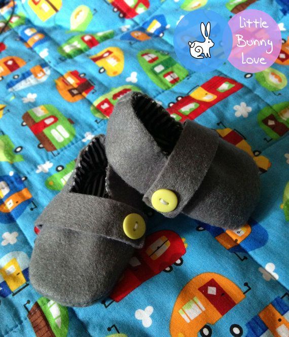 Handmade Grey Wool Felt Baby Booties  Size by LittleBunnyLoveShop, $12.00