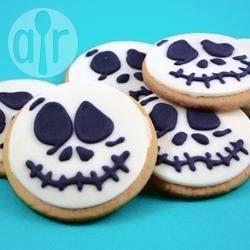 Biscoitos de açúcar simples @ allrecipes.com.br - Biscoito simples para servir decorado em qualquer ocasião: Natal, Páscoa, Halloween, festa infantil, casamento e mais!