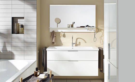 burgbad eqio. ceramics and furniture for small bathrooms / Keramik und Möbel für kleine Bäder.