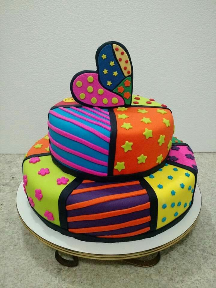 Romero Britto Heart Cake facebook.com/DocedaMaeCakes
