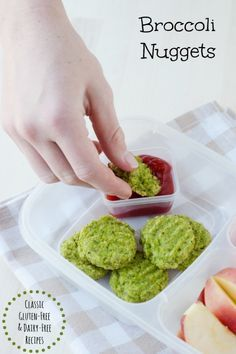 easy to make broccoli nuggets are perfect for dinner or in the lunchbox!