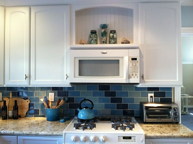 over the stove microwave and shelf