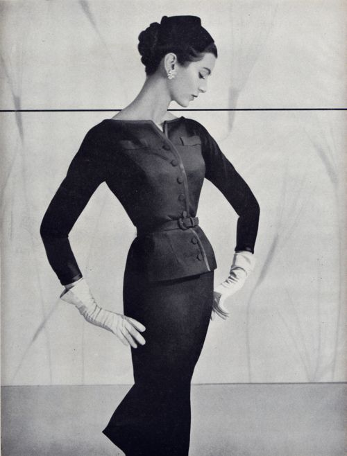 vintage-retro:    Classy suit, 1950's (by Millie Motts)      The lines are so elegant