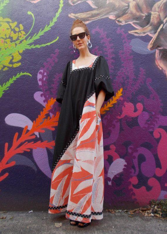 Boho maxi dress // Hawaiian muumuu by HanoraFP