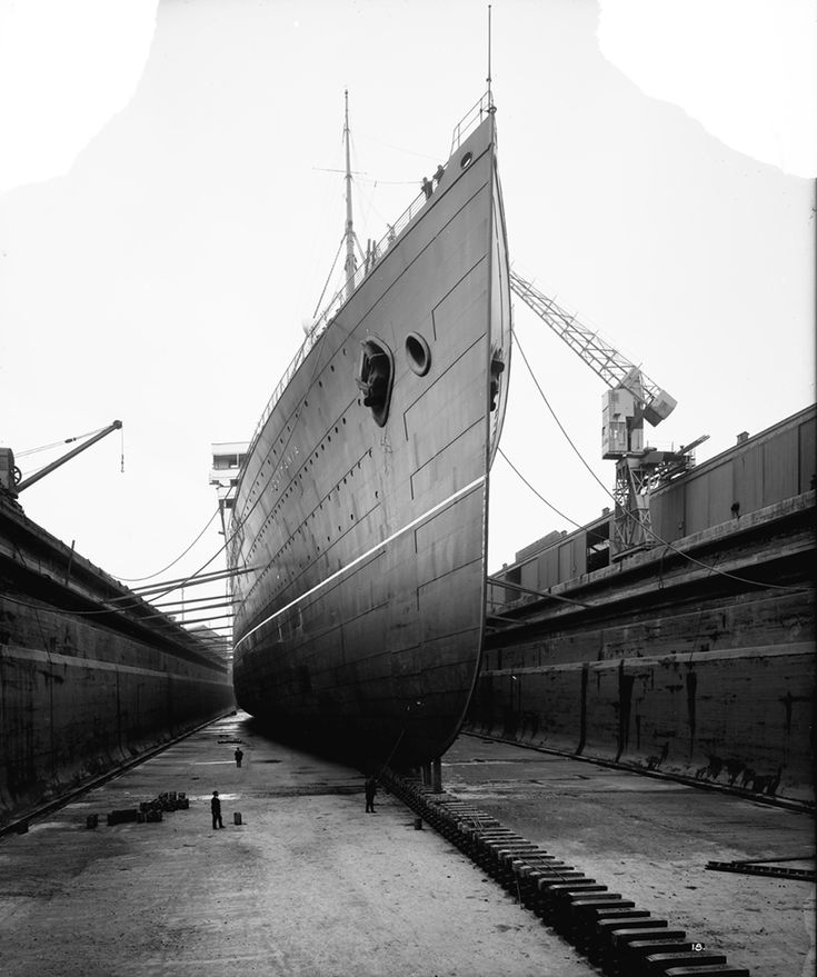 Bow view of the 'Aquitania' (1914) in drydock - National Maritime Museum