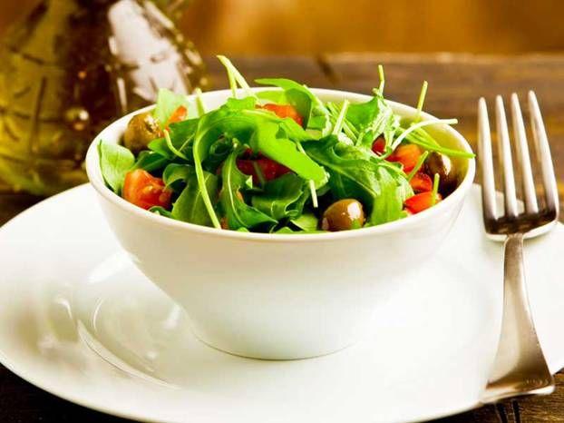 363-dieta-mediterranea-insalata-622x466