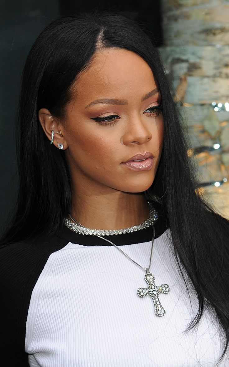 34 Best Rihanna Dreadlocks Images On Pinterest Rihanna