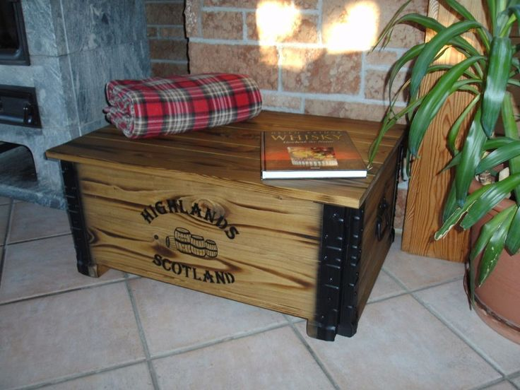 ber ideen zu couchtisch truhe auf pinterest truhe couchtische und truhentisch. Black Bedroom Furniture Sets. Home Design Ideas