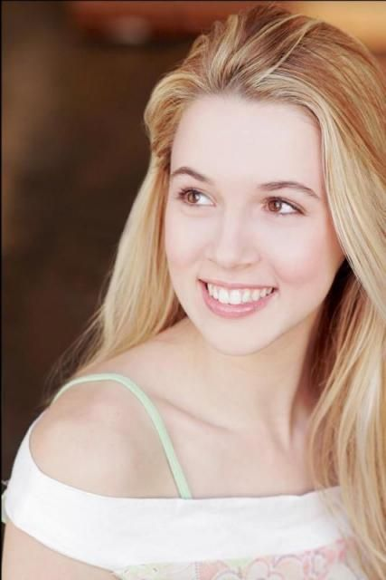 "Alona Tal - Joanna Beth ""Jo"" Harvelle. Love her makeup."