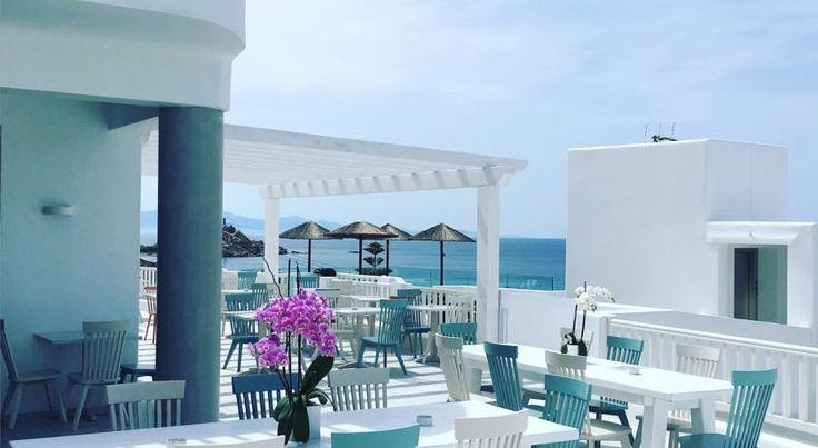 €296,64 Doté d'une piscine extérieure et d'un snack-bar, l'établissement The George est situé dans le village de Platis Yalos.