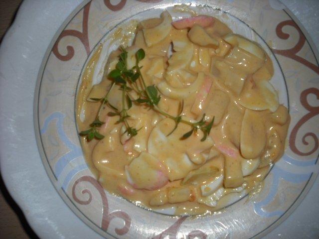 """Das perfekte Eier Salat """"Rapunzchen""""-Rezept mit Bild und einfacher Schritt-für-Schritt-Anleitung: Eier hart kochen , abschrecken,in scheiben schneiden und…"""